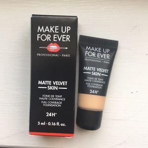 Makeup Forever Foundation Medium Skin NWT